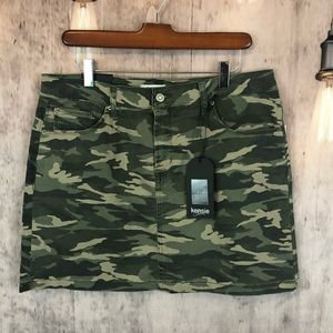 Kensie Camo Print Denim Mini Skirt 10 NWT